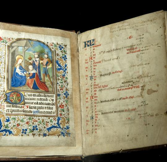 Scriptorial davranches musee des manuscrits du mont saint michel